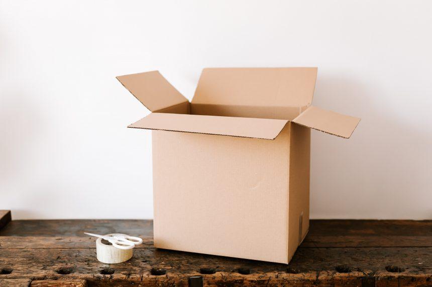 Ko pakot pirmās nepieciešamības mantu kastē?