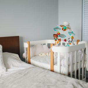 Pārcelšanās darbu plānošana tiem, kam ģimenē ir mazulis